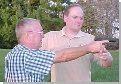 David Bartlett is a Master Insructor for the IPSC Black Badge Course and teaches advanced IPSC shooting techniques in his shooting clinics.